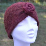 1117 Turban felted with rose