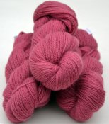 6/2-1121 Pink Cerise on white wool