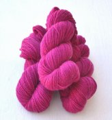 6/3-1141 Cerise on white wool