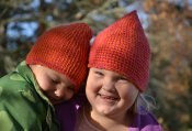 1192 Happy hats