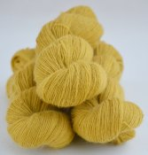 6/1-2141 Soft Lion yellow on white wool