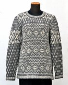 "3051 - Sweater ""Folklore"""