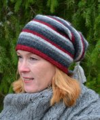 3504 - Beanie with multi-coloured stripes