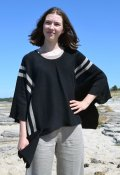 7046 - Poncho with pocket