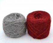 Thin yarn grey red