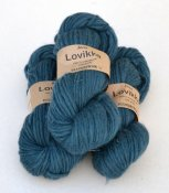 Lovikka-4111 Petrol on white wool