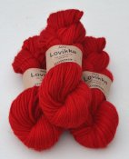Lovikka-1101 Red on white wool
