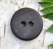 Button with texture 18 mm - Black