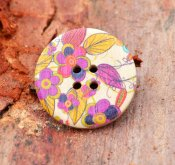 Button wooden with pattern 30 mm