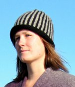 3534 - Cloche with stripes and rolled brim