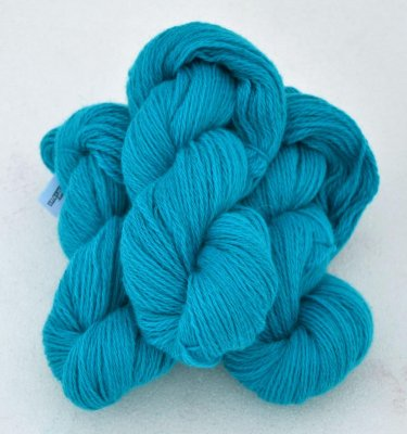 6/3-4101 Turquoise on white wool