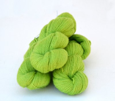 6/2-3141 Lime on white wool