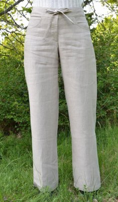Women's trousers with tie waist