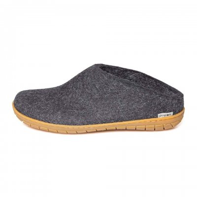 Felted slipper with rubber sole