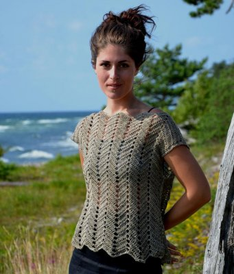 2240 Top Crochet With Ripple Pattern Tops Cardigans Sweaters