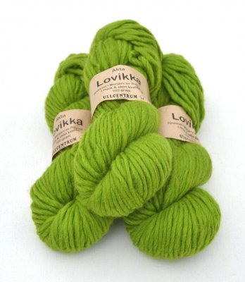 Lovikka-3141 Lime on white wool