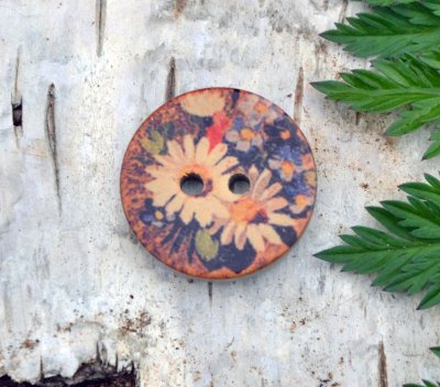 Button with pattern  22 mm