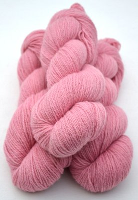 2-ply yarn spun from pure Swedish wool from Öland